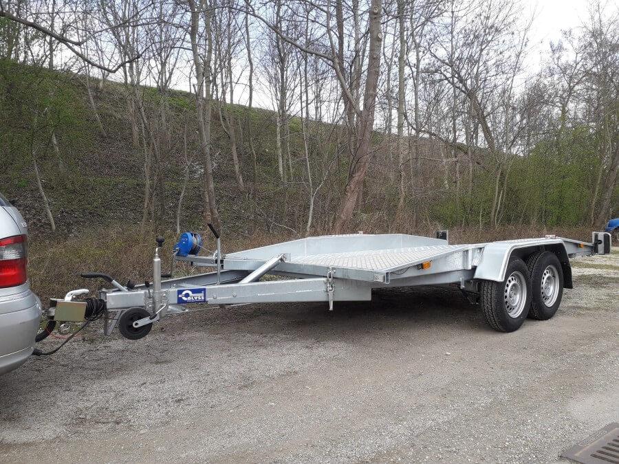 Auto Transport Anhänger Kippfunktion mit einer Nutzlast bis 2040kg