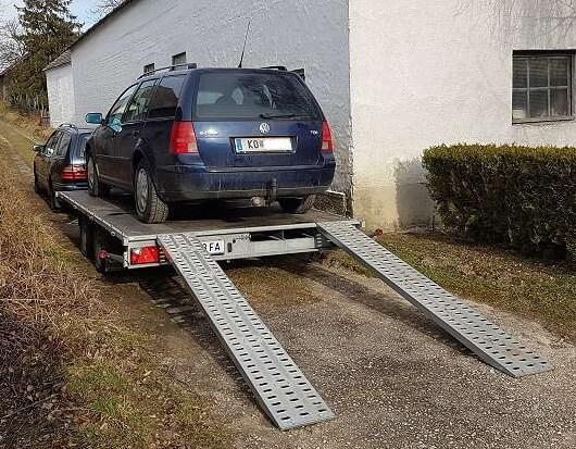 Auto Transport Anhänger mit einer Nutzlast bis 2040kg
