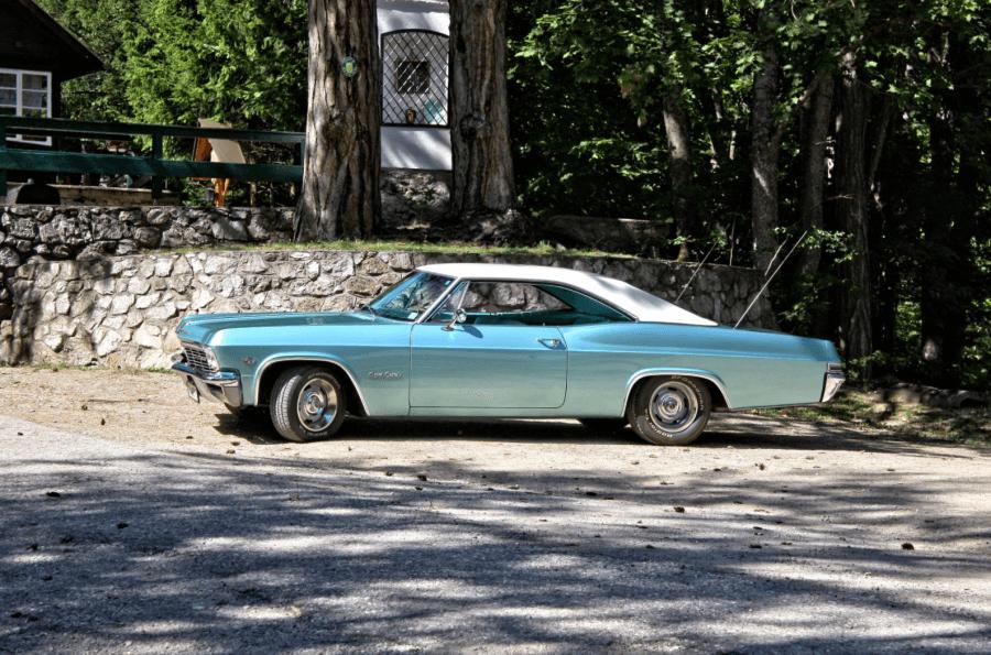 Chevrolet Impala 2-dr. Bj. 65