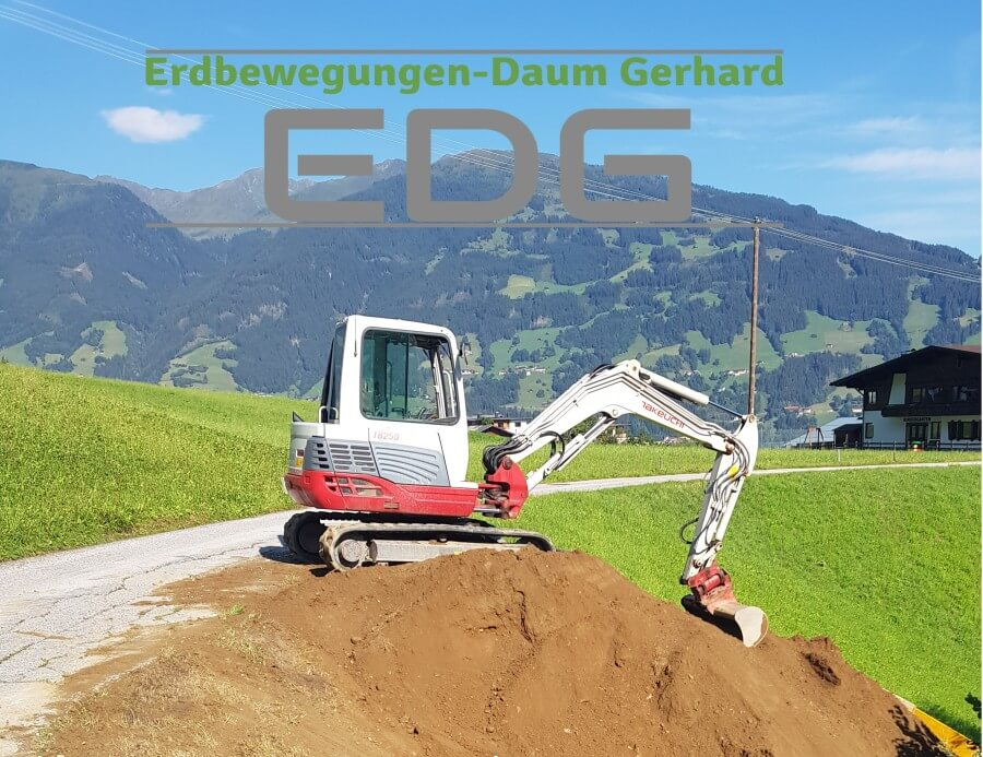 Baggerarbeiten / Erdarbeiden / Transporte / Erdbewegungen