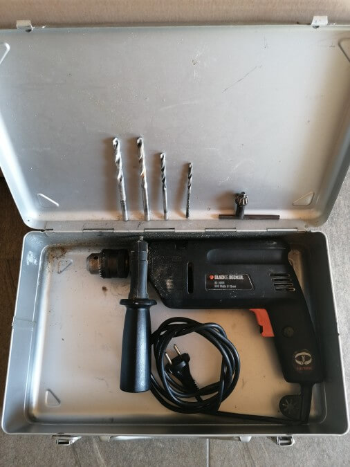 Schlag- bohrmaschine (Black & Decker)