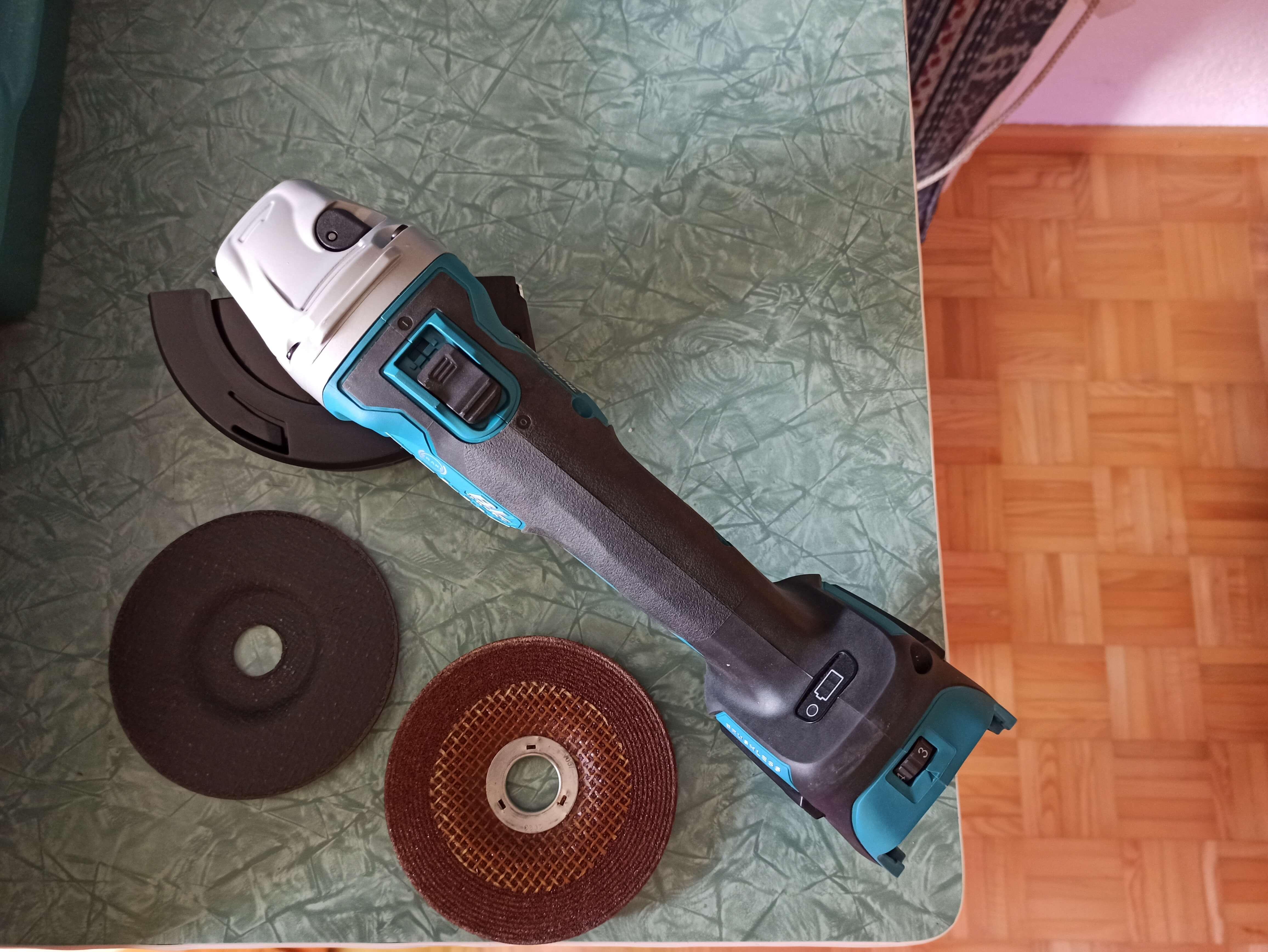 Akku-Flex, Winkelschleifer 125mm